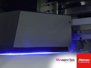 MIMAKI UJV55-320 chez Magentiss : imprimante numérique grand format